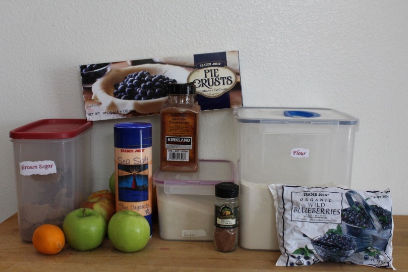 apple-blueberry-pie-ingredients
