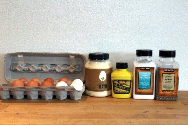 egg-salad-ingredients