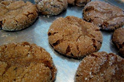 molasses-cookies-main