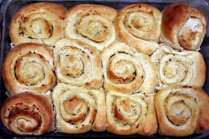 garlic-rolls-main-edited