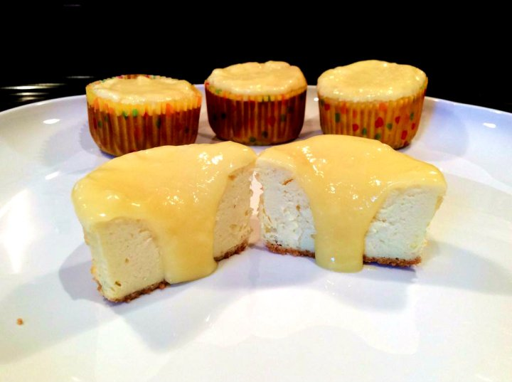 lemon-cheesecake-muffins-main