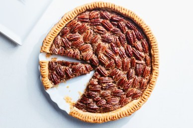 OLD-FASHIONED-PECAN-PIE-07092017