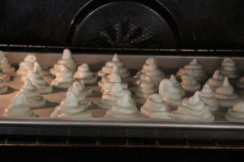 Meringue in oven