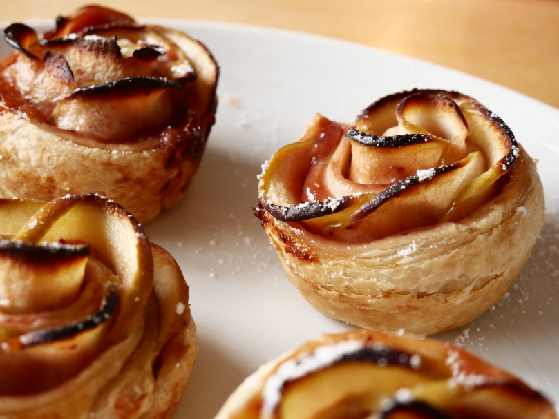 apple roses MAIN